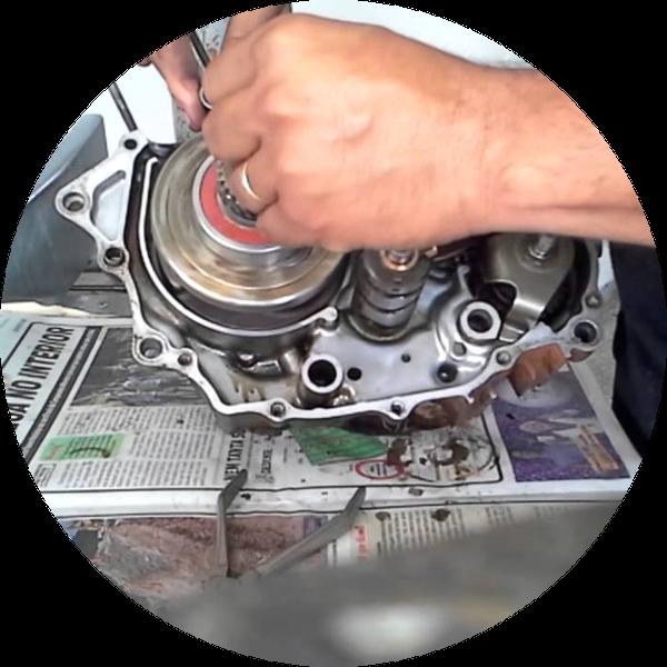 kisspng-engine-motorcycle-mechanic-workshop-moto-trial-o-mecanico-5b26b330295259.7868191315292628961693